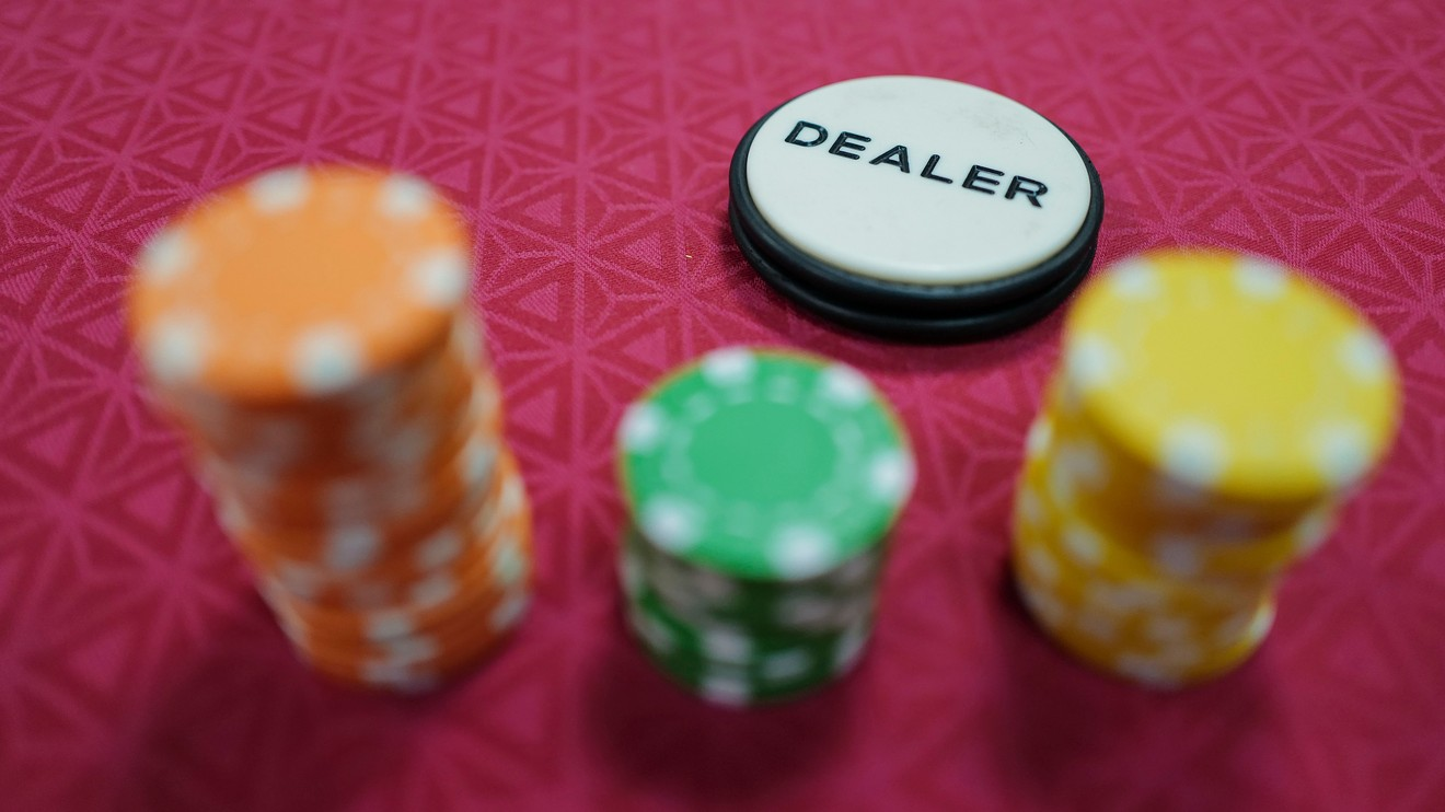 A Startling Truth About Online Gambling Uncovered